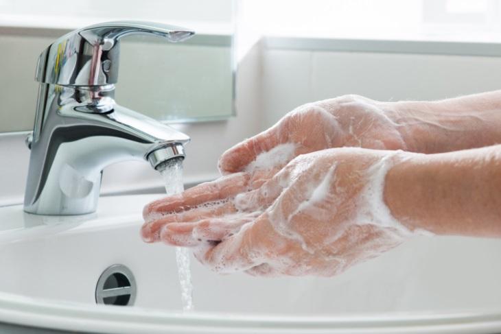 Pulizia e igiene delle mani, infografica Ministero della Salute